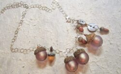 The Mighty Acorn2 necklace